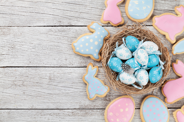 Easter gingerbread cookies and eggs - Stock Photo - Images