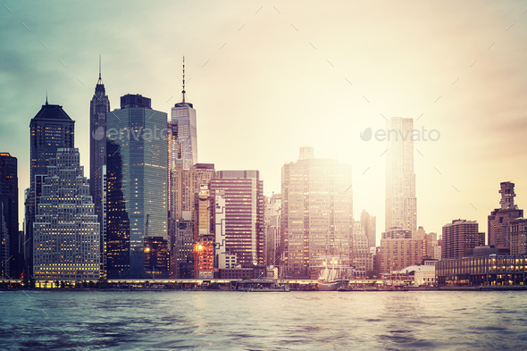Manhattan skyline at sunset, New York City, USA. - Stock Photo - Images