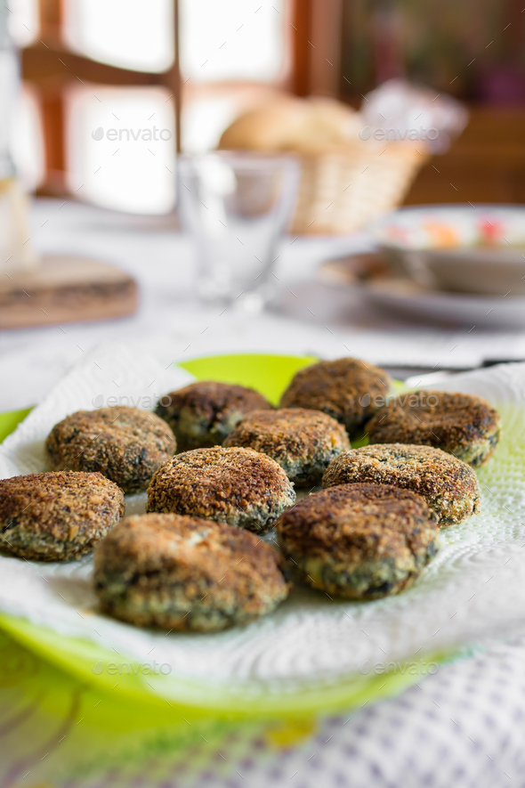 Vegetarian meatballs with spinach - Stock Photo - Images