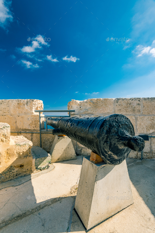 Old canon in barracks of Fort Saint Angelo, Birgu, Malta - Stock Photo - Images