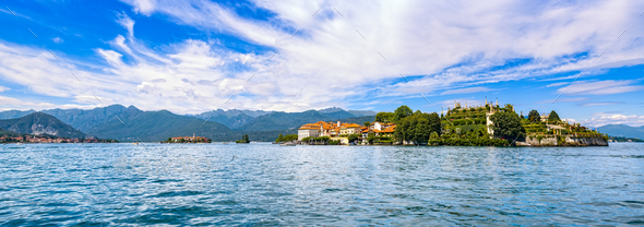 Isola Bella and dei Pescatori, fisherman island in Maggiore lake - Stock Photo - Images