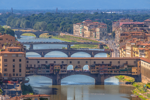 Ponte Vecchio Bridge over the river Arno in Florence - Stock Photo - Images