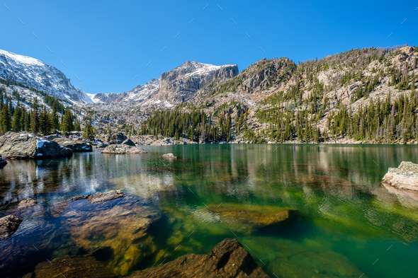 Lake Haiyaha, Rocky Mountains, Colorado, USA. - Stock Photo - Images