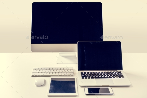 Digital device eletronic networking media - Stock Photo - Images
