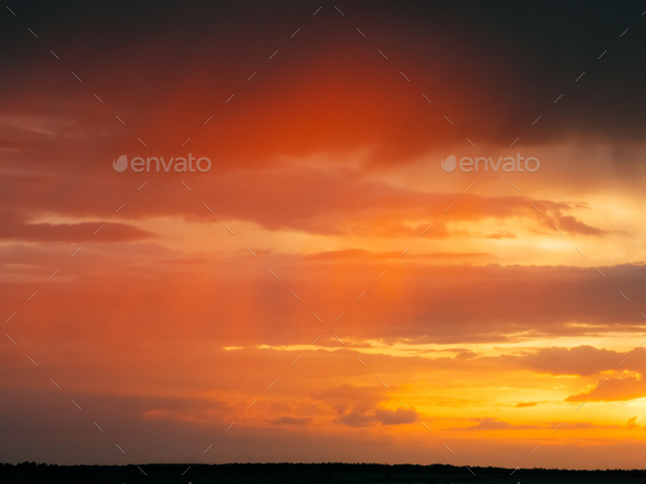 Sunrise Sky Background. Natural Bright Dramatic Sky In Sunset Da - Stock Photo - Images