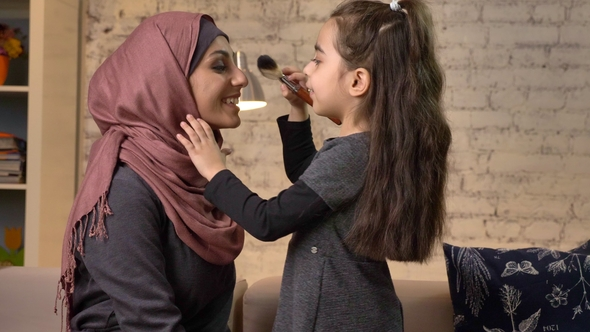 brush single muslim girls Marriage talk: finding someone to marry   what happens to those girls who are not muslim and are dating muslim brothers do the same laws apply to them too.