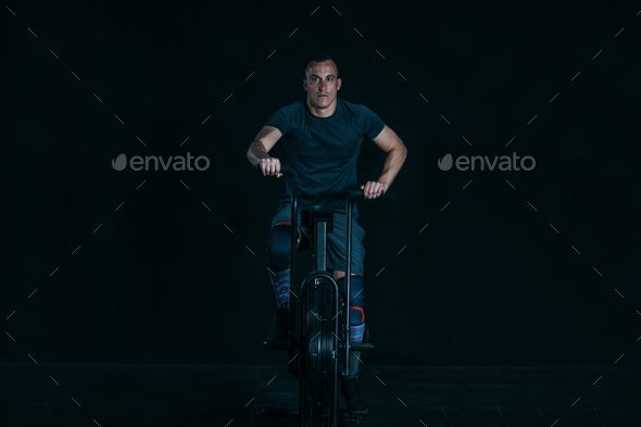 Sporty man doing calorie assault exercise - Stock Photo - Images