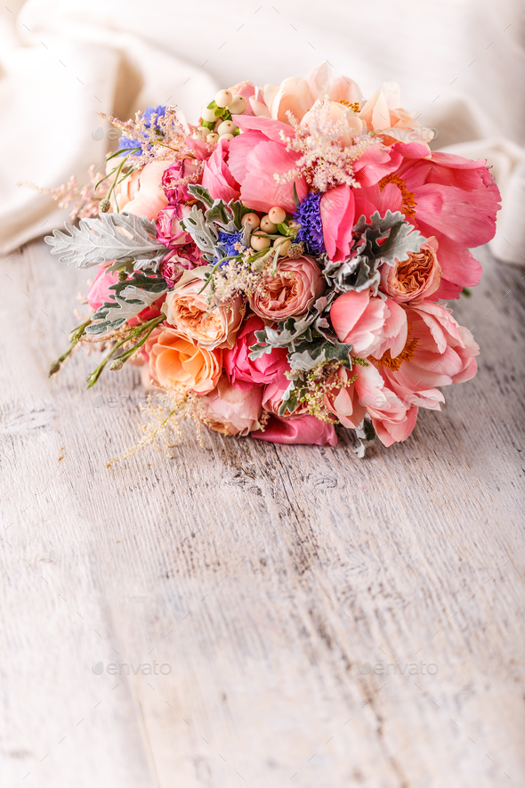 Wedding flowers, bridal bouquet - Stock Photo - Images