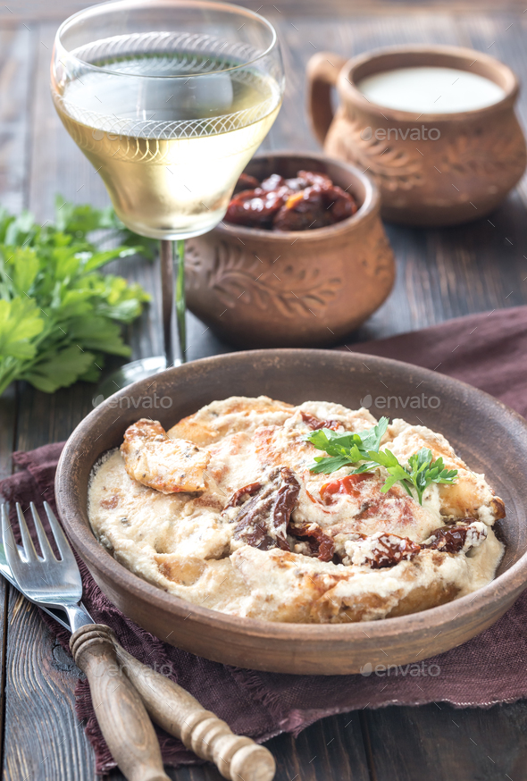 1Chicken in creamy cheese sauce - Stock Photo - Images