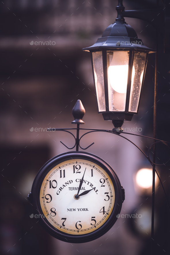 Grand Central Terminal New York Clock - Stock Photo - Images