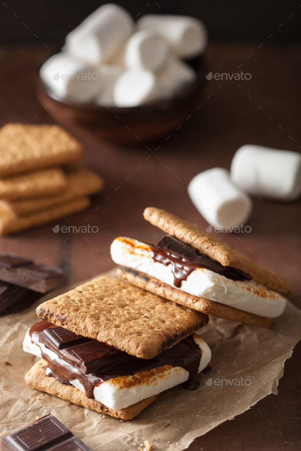 homemade marshmallow s'mores with chocolate on crackers - Stock Photo - Images