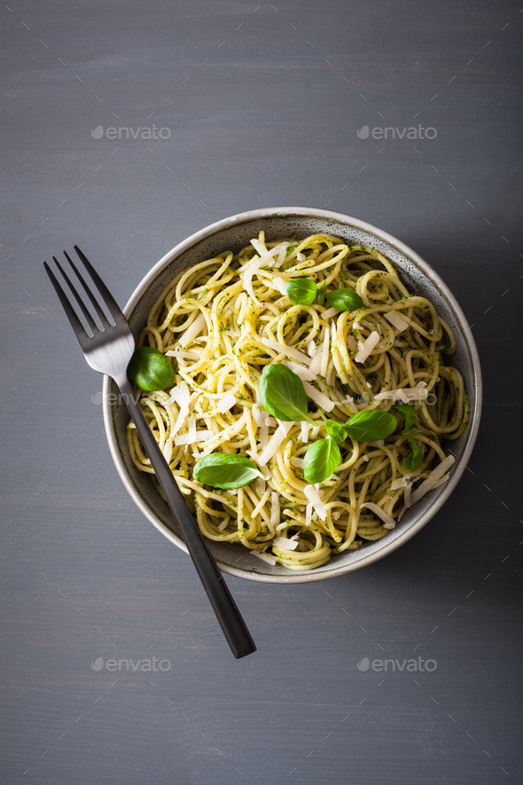 spaghetti pasta with avocado basil pesto sauce - Stock Photo - Images