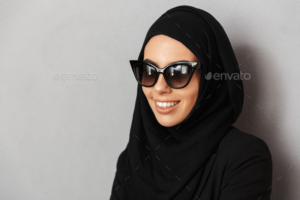 Portrait closeup of muslim fashion woman 20s in religious headsc - Stock Photo - Images