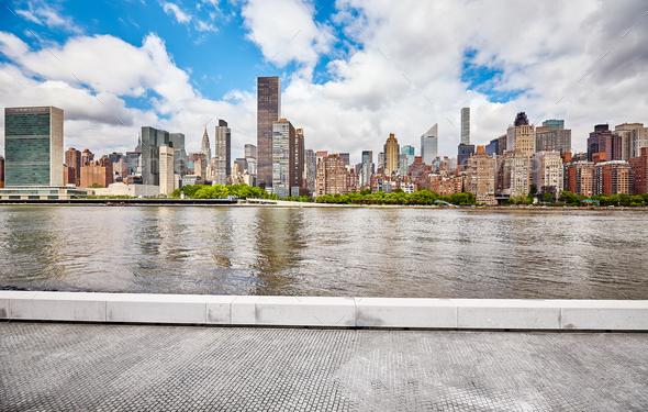 New York City skyline. - Stock Photo - Images