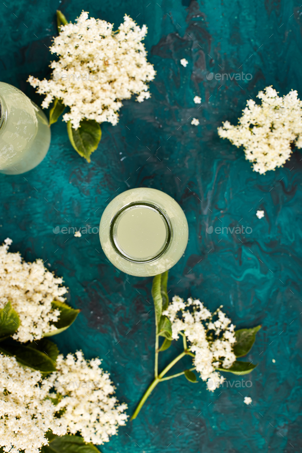 Kombucha tea with elderflower - Stock Photo - Images