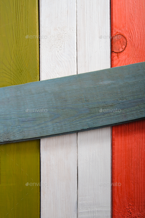 The old boards painted in the colors of the Italian flag with sp - Stock Photo - Images