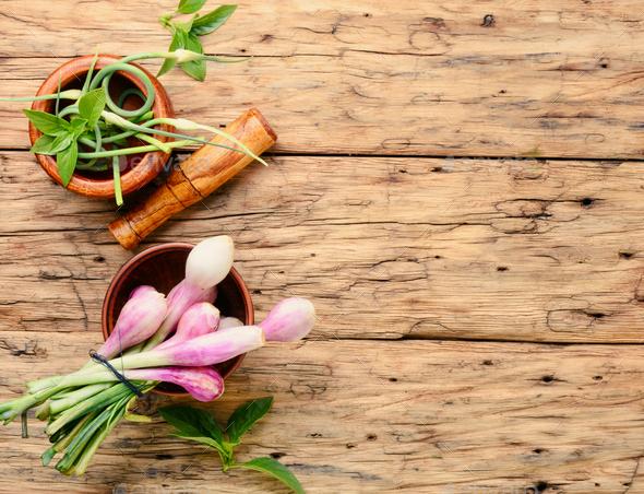 Fresh onion bulbs - Stock Photo - Images