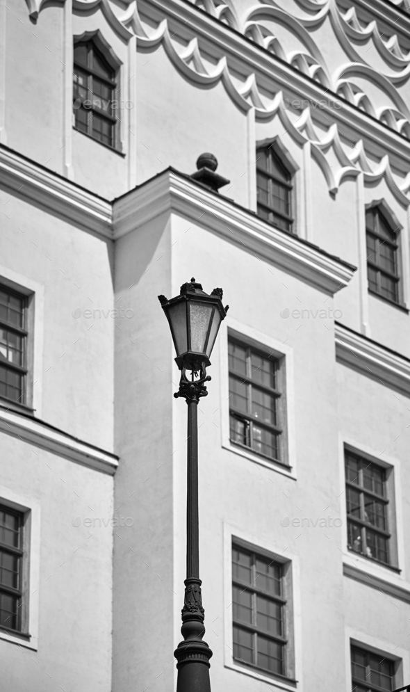Street lamp in front of the Castle in Szczecin. - Stock Photo - Images