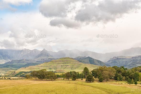Drakensberg at Garden Castle. Rhino Peak is visible - Stock Photo - Images