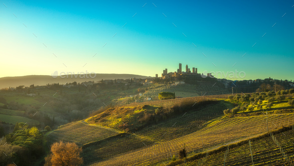 San Gimignano panoramic medieval town towers skyline and landsca - Stock Photo - Images