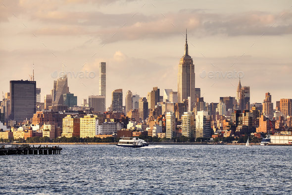 Manhattan seen from New Jersey at sunset, USA - Stock Photo - Images