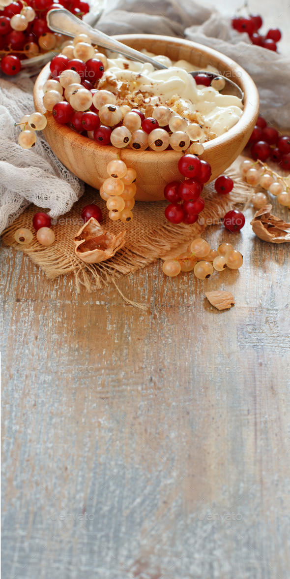 Red and white currants and yogurt - Stock Photo - Images