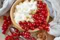 Red currants and yogurt