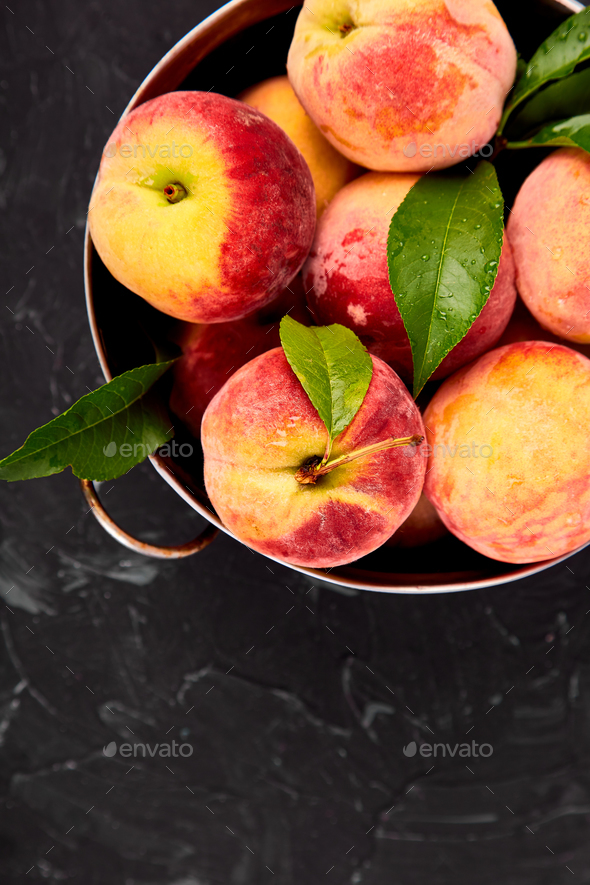 Ripe peaches in a bowl - Stock Photo - Images