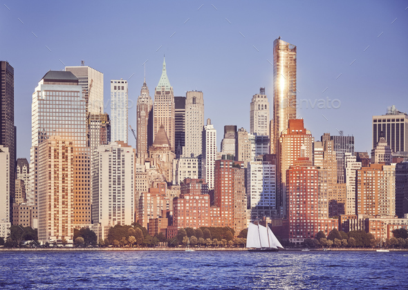 Manhattan at sunset, New York City, USA. - Stock Photo - Images