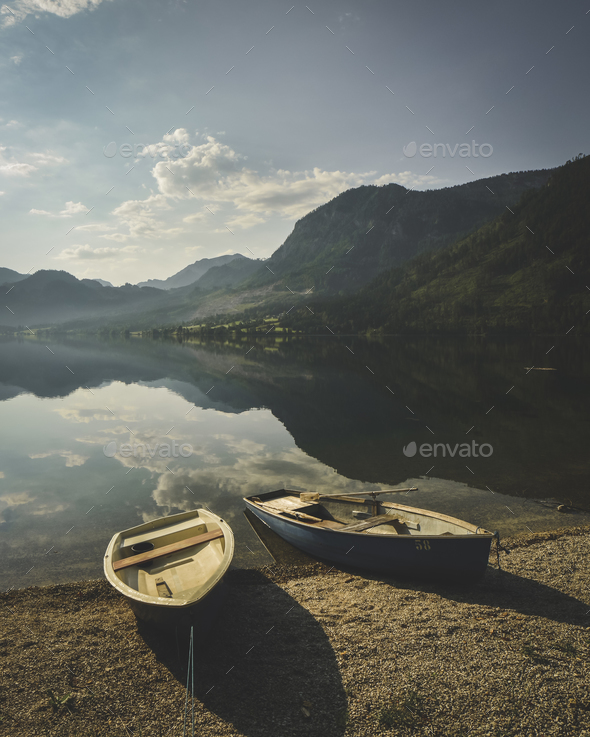 Sunny summer morning on Grundlsee lake - Stock Photo - Images