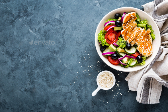 Grilled chicken breast with fresh vegetable salad - Stock Photo - Images