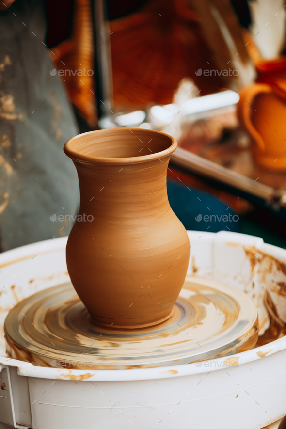 Pottery Craft Wheel And Ceramic Clay Pot Traditional New Handma