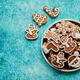 Free Download Delicious fresh Christmas decorated gingerbread cookies placed in wooden crate Nulled