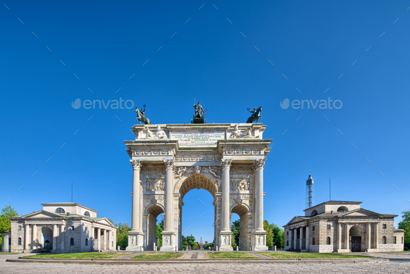 Arco della pace - Milan - Stock Photo - Images
