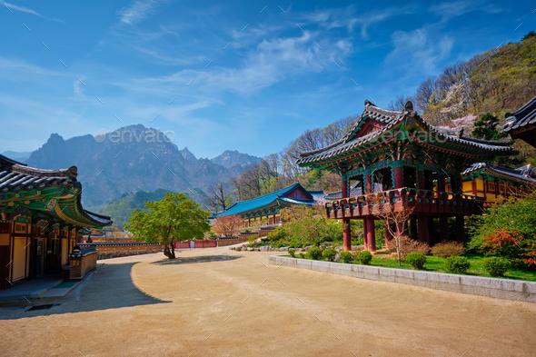 Sinheungsa temple in Seoraksan National Park, Seoraksan, South Korea - Stock Photo - Images