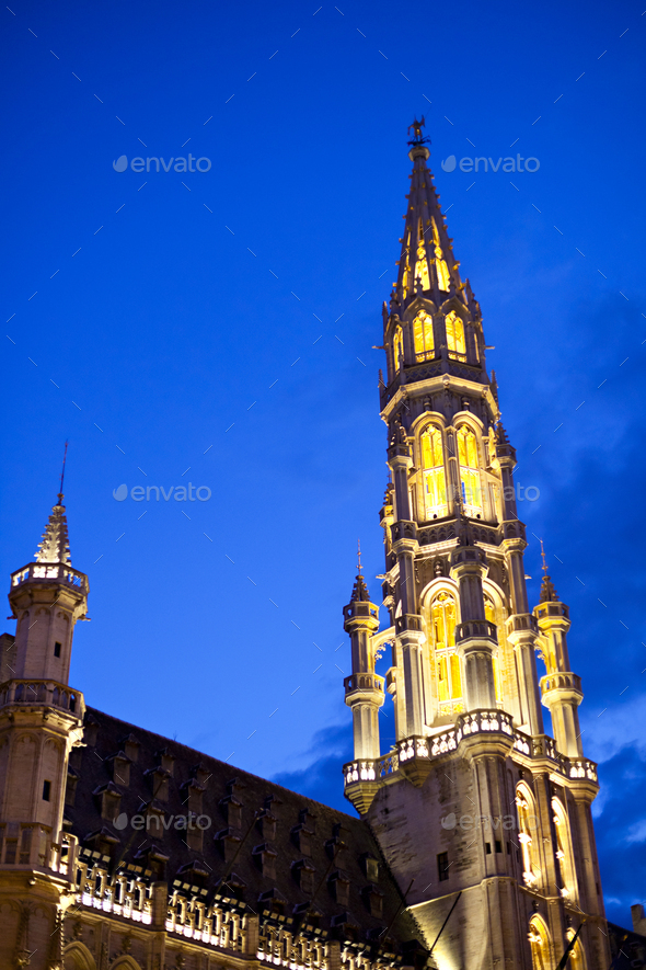 Hotel De Ville In Brussels At Night - Stock Photo - Images