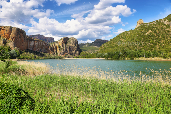 Reservoir of Sant Llorenc de Montgai in Lleida, Catalonia. - Stock Photo - Images