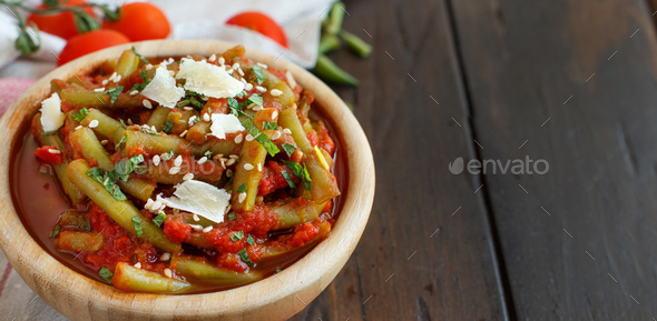 French beans with tomatoes - Stock Photo - Images