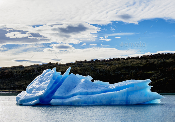 Icebergs on Lake Argentino in Los Glaciares National Park, Patagonia, Argentina - Stock Photo - Images