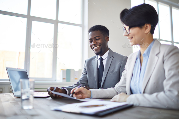 Consulting by workplace - Stock Photo - Images