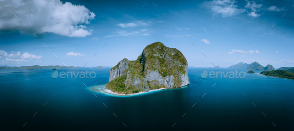 El Nido, Palawan, Philippines. Aerial drone panoramic picture of Pinagbuyutan Island from the - Stock Photo - Images