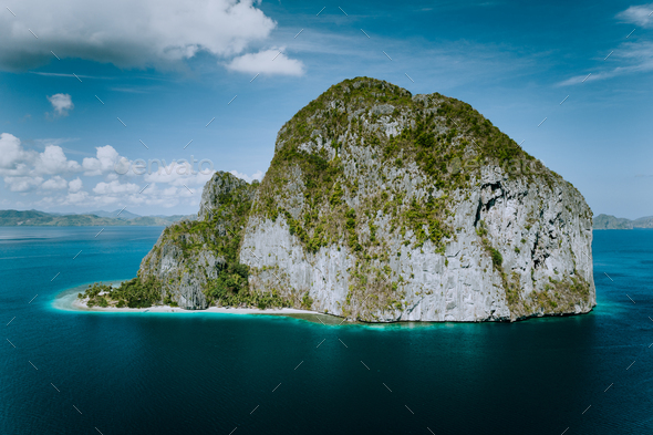 El Nido, Palawan, Philippines. Pinagbuyutan Island from aerial drone perspective - Stock Photo - Images