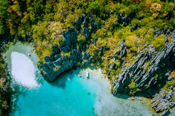 Marine Reserve El Nido Palawan Philippines, aerial view of tropical paradise turquoise lagoon and - Stock Photo - Images