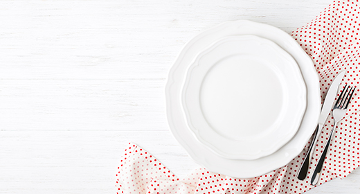 Empty plates, Setting table