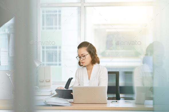 Pretty entrepreneur - Stock Photo - Images