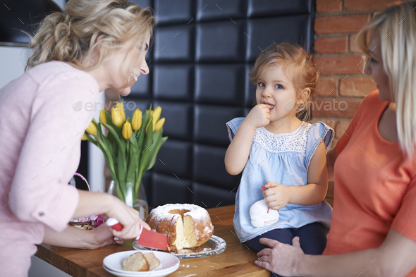 This is the biggest gourmet in our home - Stock Photo - Images