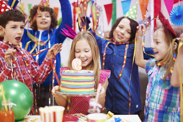 """Let's sing """"Happy birthday"""" for her - Stock Photo - Images"""