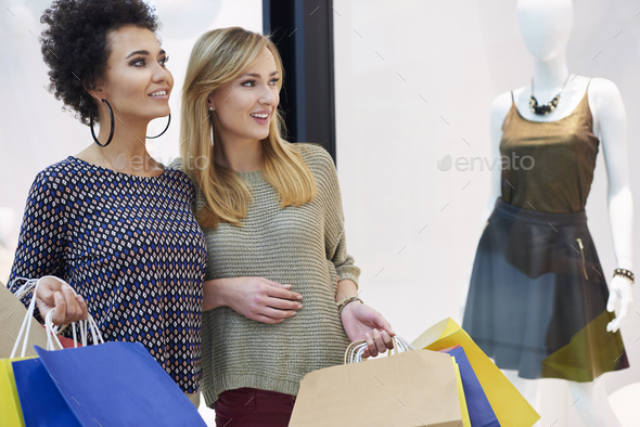 Discussion about the newest trends in fashion - Stock Photo - Images