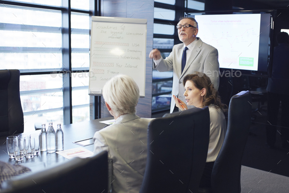 Creative public speaker doing expertise opinion - Stock Photo - Images