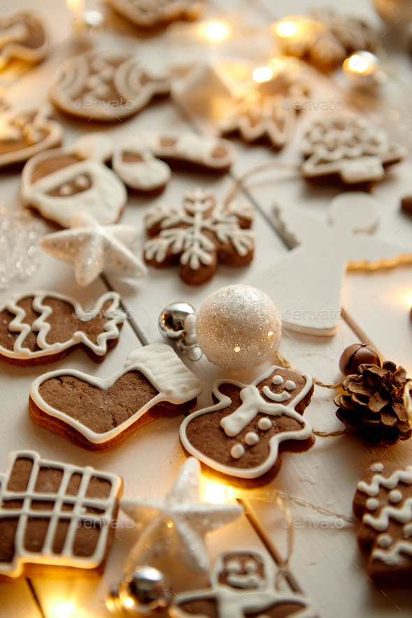 Christmas sweets composition. Gingerbread cookies with xmas decorations - Stock Photo - Images